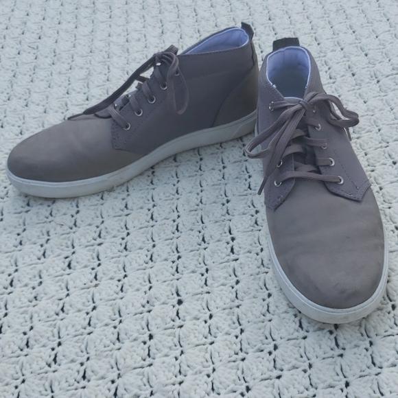 Groveton Plain Toe Chukka Sneakers Shoe